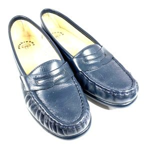 Vintage Mushrooms navy blue slip on loafers